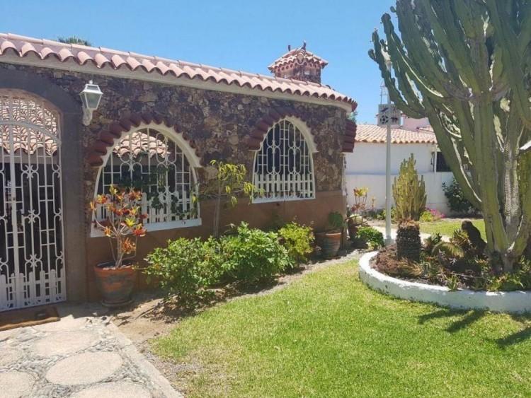3 Bed  Villa/House to Rent, Las Palmas, Playa del Inglés, Gran Canaria - DI-2137 4