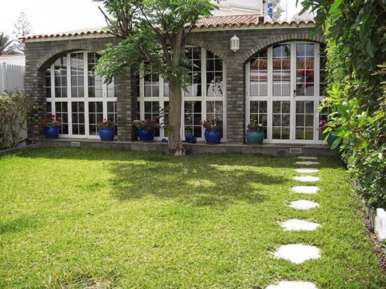 2 Bed  Villa/House to Rent, Las Palmas, Playa del Inglés, Gran Canaria - DI-10323 1