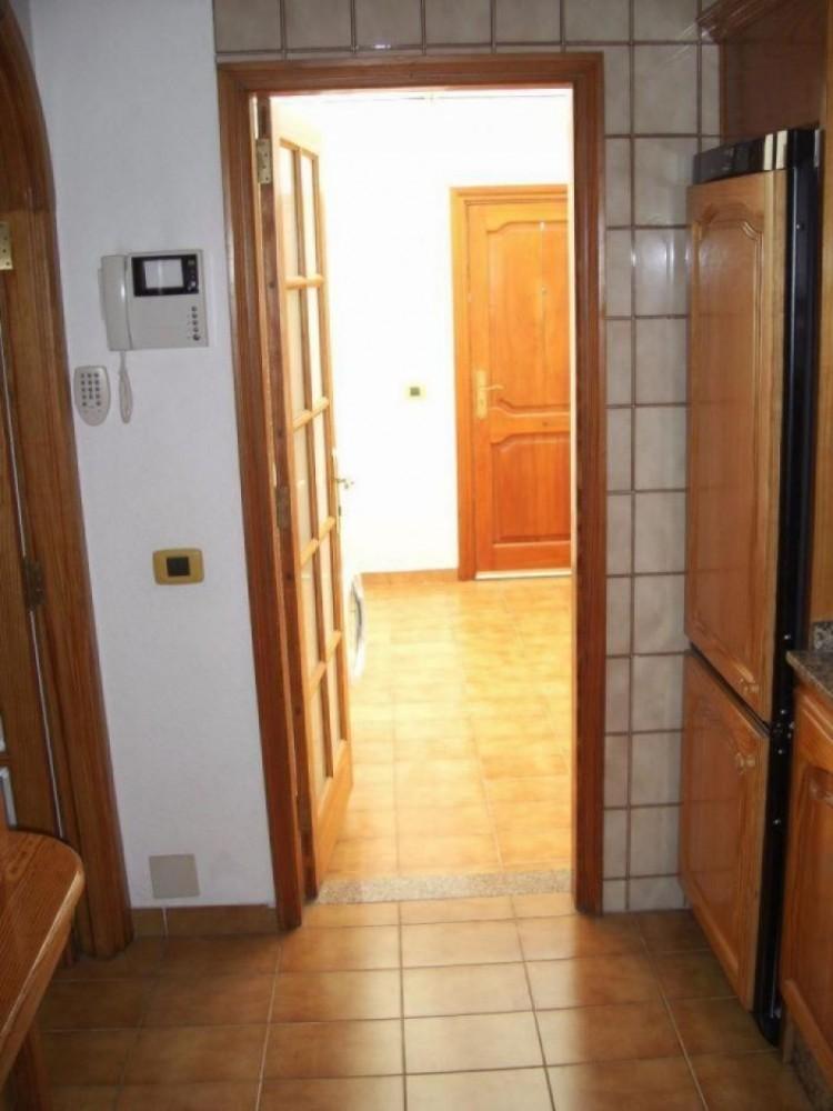 2 Bed  Villa/House to Rent, Las Palmas, Playa del Inglés, Gran Canaria - DI-10323 11