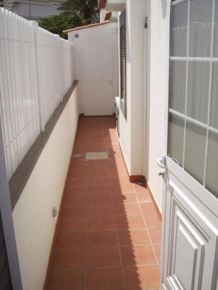 2 Bed  Villa/House to Rent, Las Palmas, Playa del Inglés, Gran Canaria - DI-10323 4