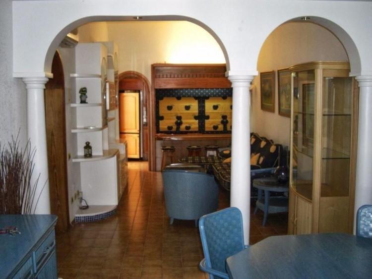 2 Bed  Villa/House to Rent, Las Palmas, Playa del Inglés, Gran Canaria - DI-10323 8