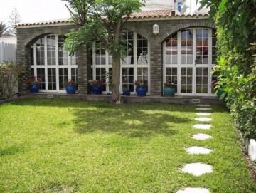 2 Bed  Villa/House to Rent, Las Palmas, Playa del Inglés, Gran Canaria - DI-10323
