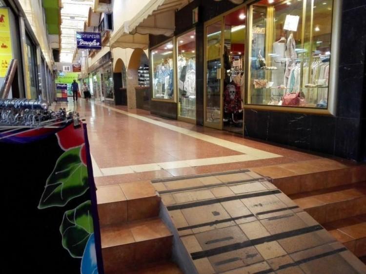Commercial for Sale, Las Palmas, Playa del Inglés, Gran Canaria - DI-12297 2