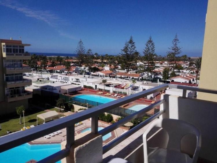 2 Bed  Flat / Apartment to Rent, Las Palmas, Playa del Inglés, Gran Canaria - DI-12713 1