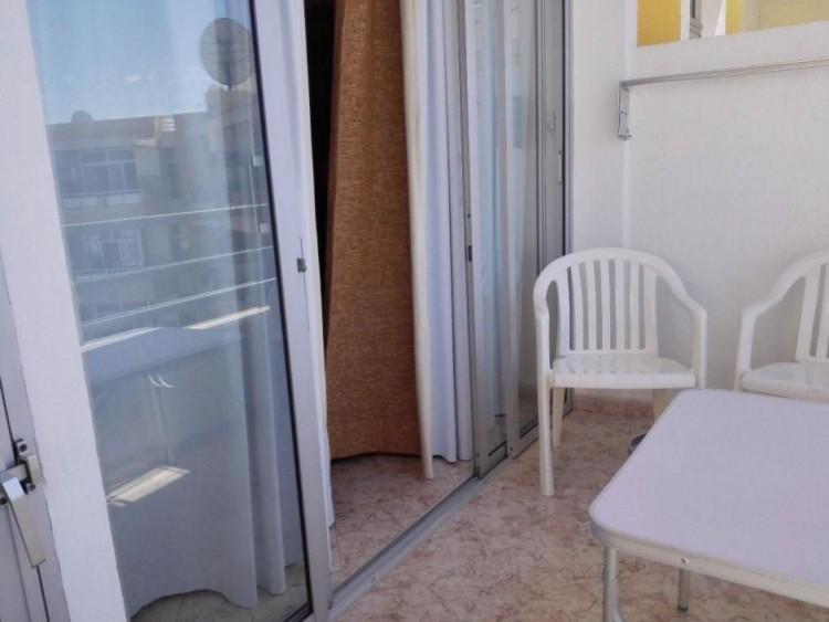 2 Bed  Flat / Apartment to Rent, Las Palmas, Playa del Inglés, Gran Canaria - DI-12713 11