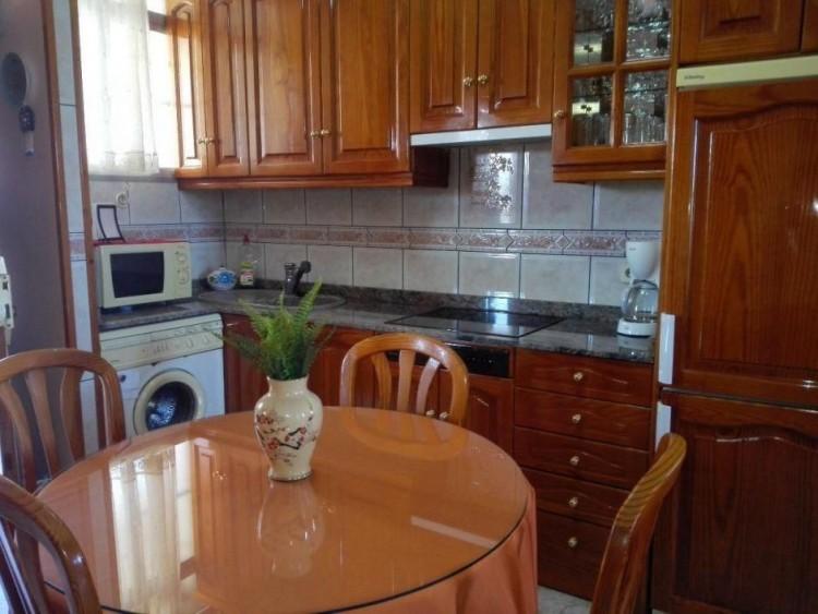 2 Bed  Flat / Apartment to Rent, Las Palmas, Playa del Inglés, Gran Canaria - DI-12713 19