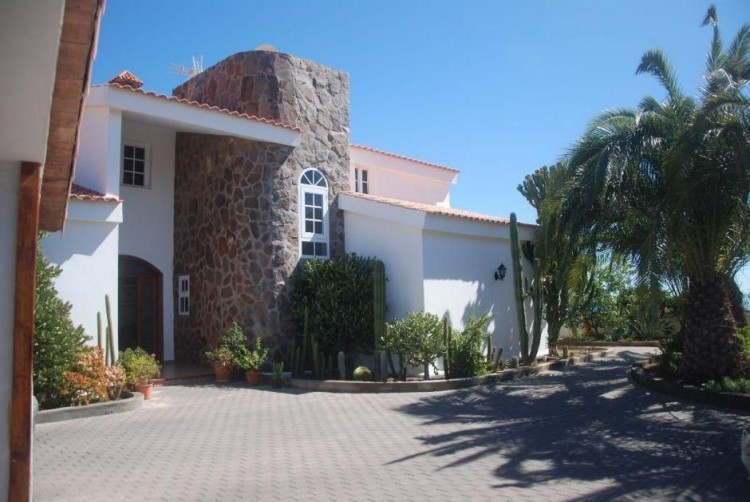 4 Bed  Villa/House for Sale, Las Palmas, San Bartolomé Interior, Gran Canaria - DI-6995 15