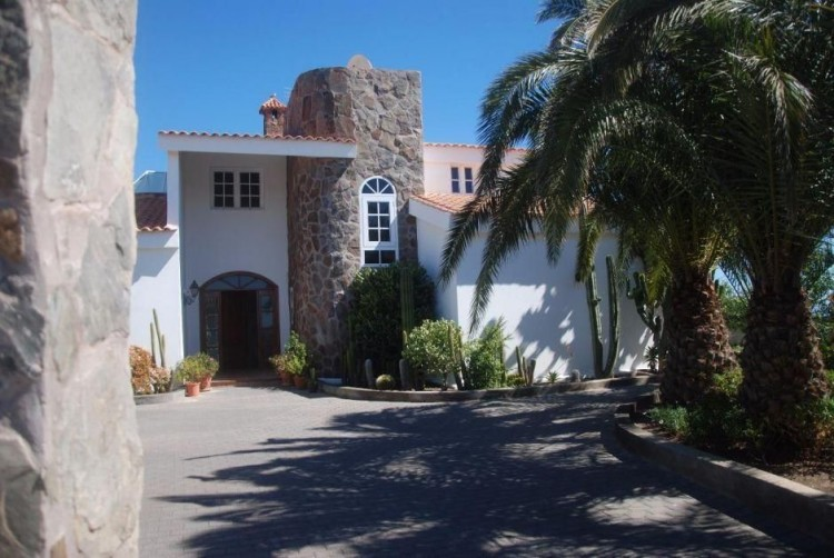 4 Bed  Villa/House for Sale, Las Palmas, San Bartolomé Interior, Gran Canaria - DI-6995 16