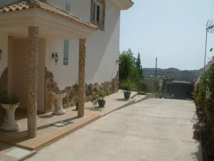 4 Bed  Villa/House for Sale, Las Palmas, San Bartolomé Interior, Gran Canaria - DI-2094 11