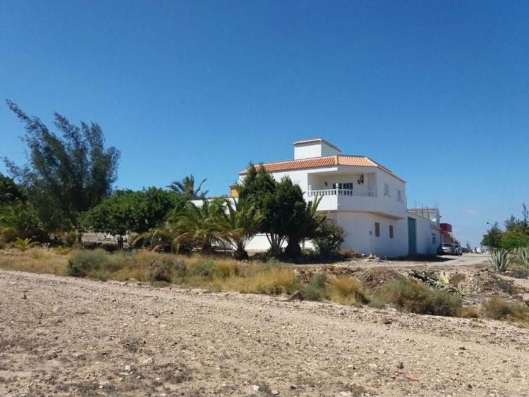 3 Bed  Villa/House for Sale, Las Palmas, San Bartolomé Interior, Gran Canaria - DI-10916 1