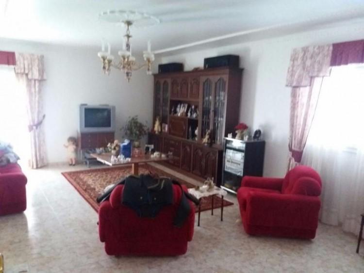 3 Bed  Villa/House for Sale, Las Palmas, San Bartolomé Interior, Gran Canaria - DI-10916 5