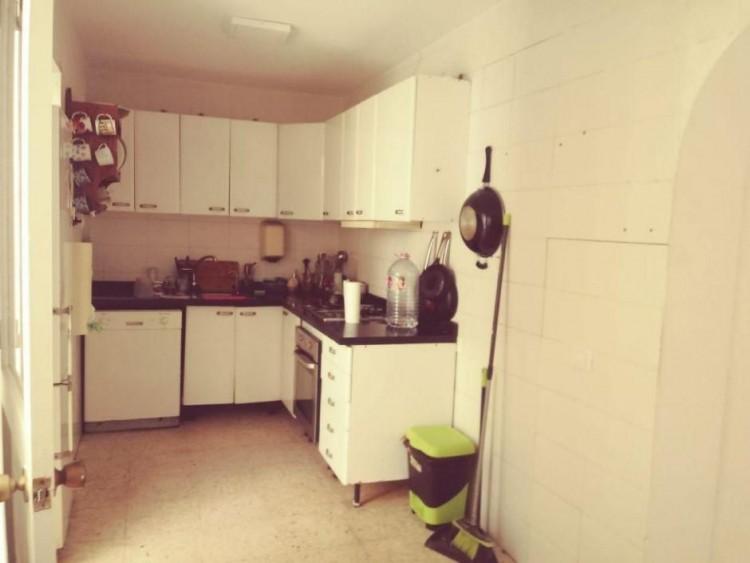 3 Bed  Villa/House for Sale, Las Palmas, San Fernando, Gran Canaria - DI-13391 2