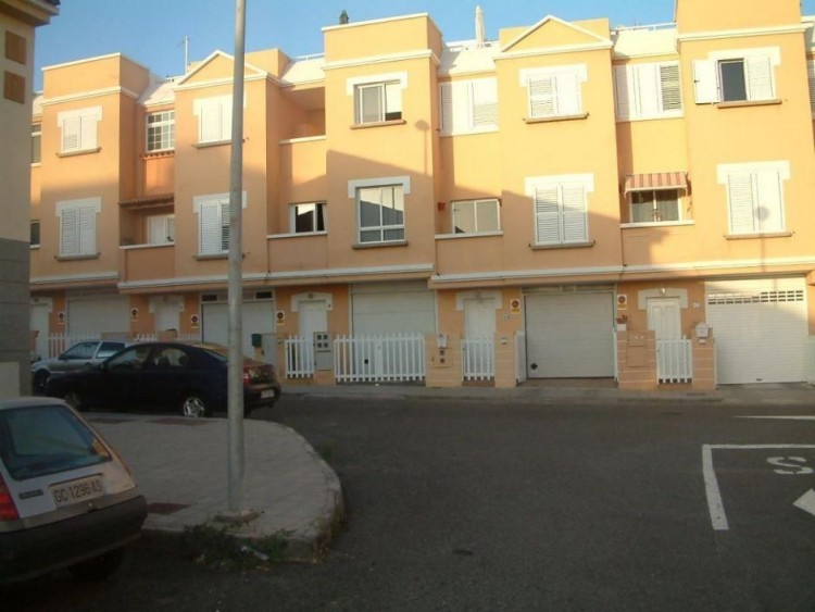 3 Bed  Villa/House for Sale, Las Palmas, El Doctoral, Gran Canaria - DI-2169 5