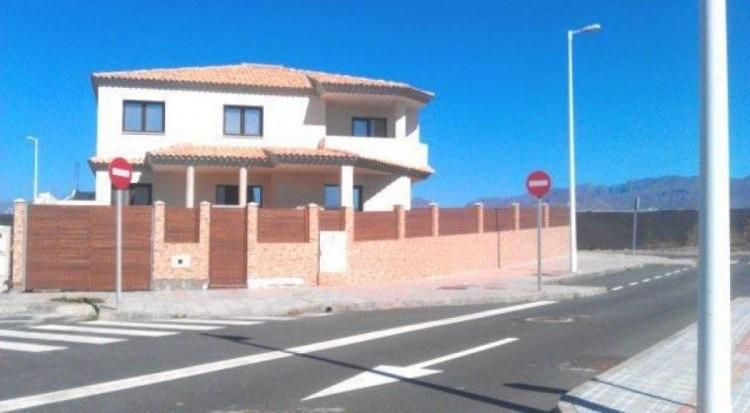Villa/House for Sale, Las Palmas, Pozo Izquierdo, Gran Canaria - DI-2051 2
