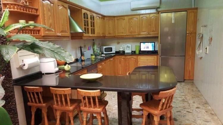 Villa/House for Sale, Las Palmas, Vecindario norte-Cruce Sardina, Gran Canaria - DI-2069 2