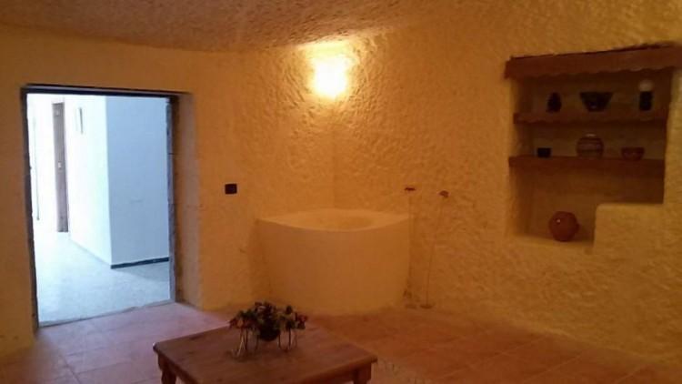 3 Bed  Villa/House for Sale, Las Palmas, Tamaraceite - San Lorenzo, Gran Canaria - DI-11780 8