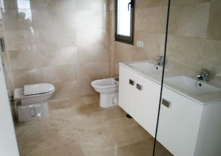 3 Bed  Villa/House for Sale, Chayofa, Santa Cruz de Tenerife, Tenerife - IN-210 11