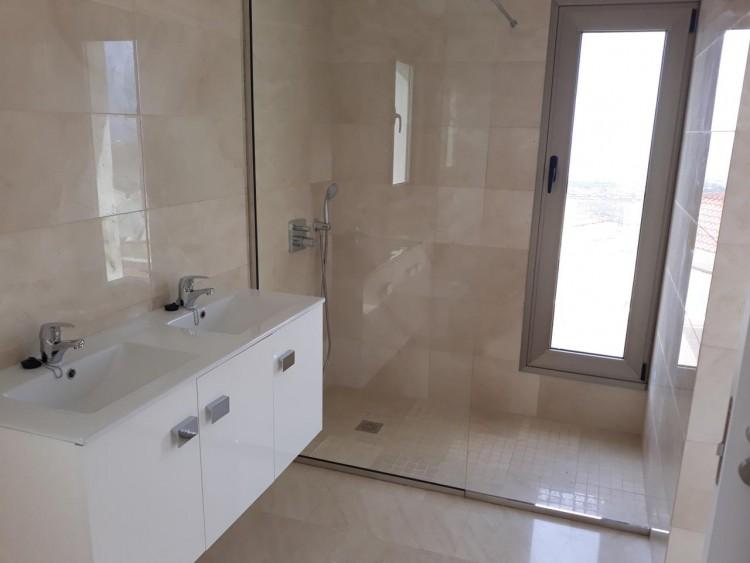 3 Bed  Villa/House for Sale, Chayofa, Santa Cruz de Tenerife, Tenerife - IN-210 13