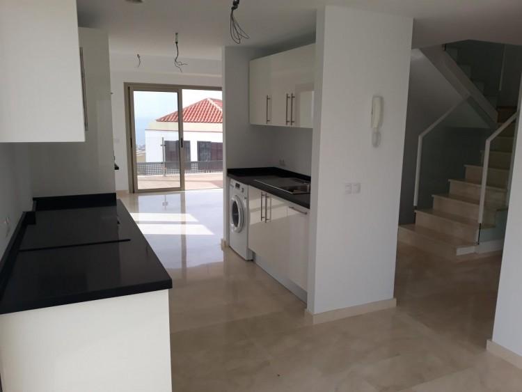 3 Bed  Villa/House for Sale, Chayofa, Santa Cruz de Tenerife, Tenerife - IN-210 7