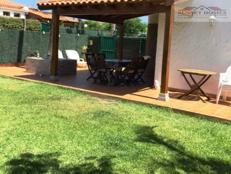 2 Bed  Villa/House to Rent, Maspalomas, San Bartolomé de Tirajana, Gran Canaria - SH-1800R 14