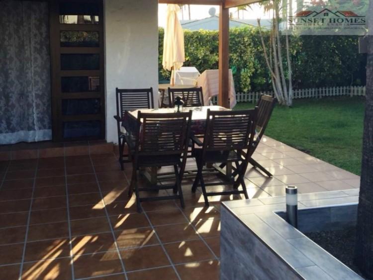 2 Bed  Villa/House to Rent, Maspalomas, San Bartolomé de Tirajana, Gran Canaria - SH-1800R 16