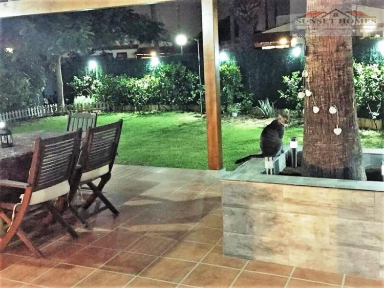 2 Bed  Villa/House to Rent, Maspalomas, San Bartolomé de Tirajana, Gran Canaria - SH-1800R 17