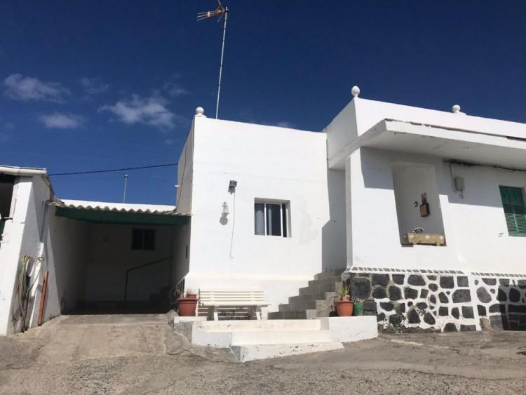 6 Bed  Villa/House for Sale, San Bartolomé Interior, Las Palmas, Lanzarote - GC-12614 1