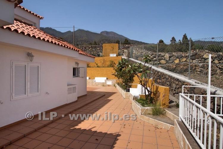 6 Bed  Villa/House for Sale, Los Pedregales, El Paso, La Palma - LP-E602 13