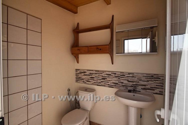 6 Bed  Villa/House for Sale, Los Pedregales, El Paso, La Palma - LP-E602 16