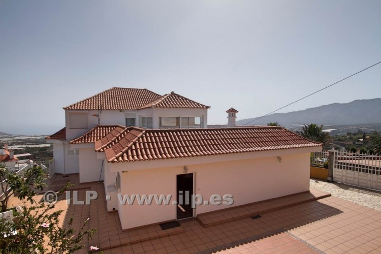 6 Bed  Villa/House for Sale, Los Pedregales, El Paso, La Palma - LP-E602 18