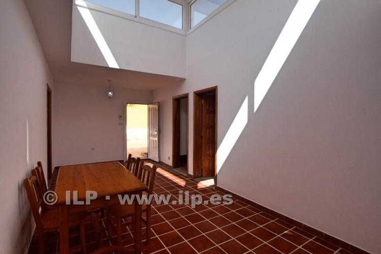 6 Bed  Villa/House for Sale, Los Pedregales, El Paso, La Palma - LP-E602 20