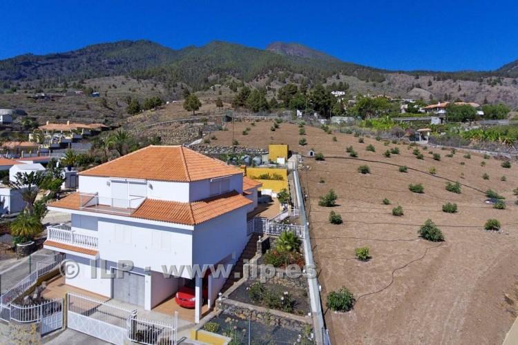 6 Bed  Villa/House for Sale, Los Pedregales, El Paso, La Palma - LP-E602 4