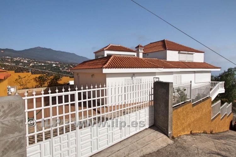 6 Bed  Villa/House for Sale, Los Pedregales, El Paso, La Palma - LP-E602 8
