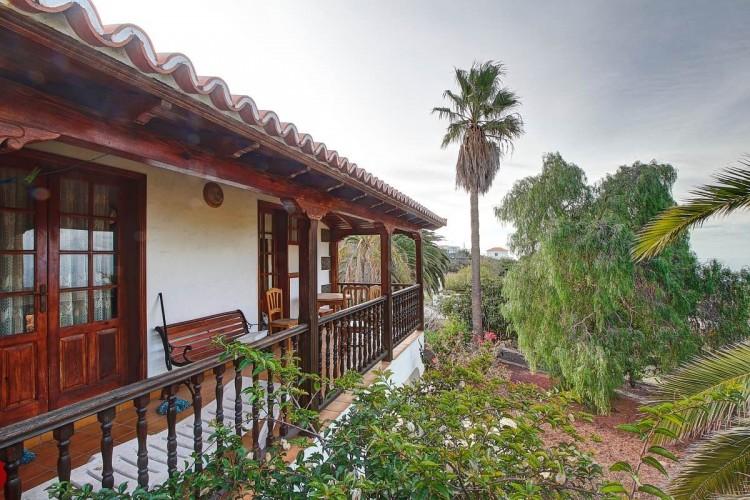 4 Bed  Villa/House for Sale, Tajuya, El Paso, La Palma - LP-E599 1