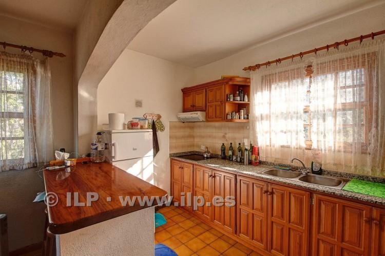 4 Bed  Villa/House for Sale, Tajuya, El Paso, La Palma - LP-E599 13