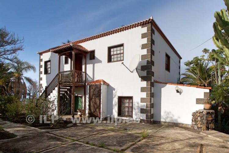 4 Bed  Villa/House for Sale, Tajuya, El Paso, La Palma - LP-E599 2