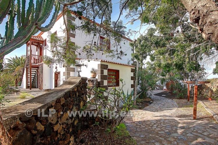 4 Bed  Villa/House for Sale, Tajuya, El Paso, La Palma - LP-E599 3