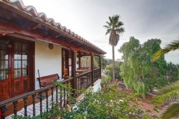 4 Bed  Villa/House for Sale, Tajuya, El Paso, La Palma - LP-E599