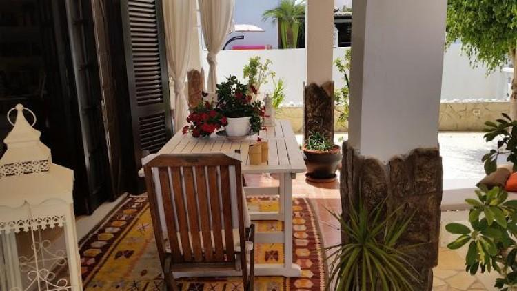 4 Bed  Villa/House for Sale, Arona, Santa Cruz de Tenerife, Tenerife - IN-262 9