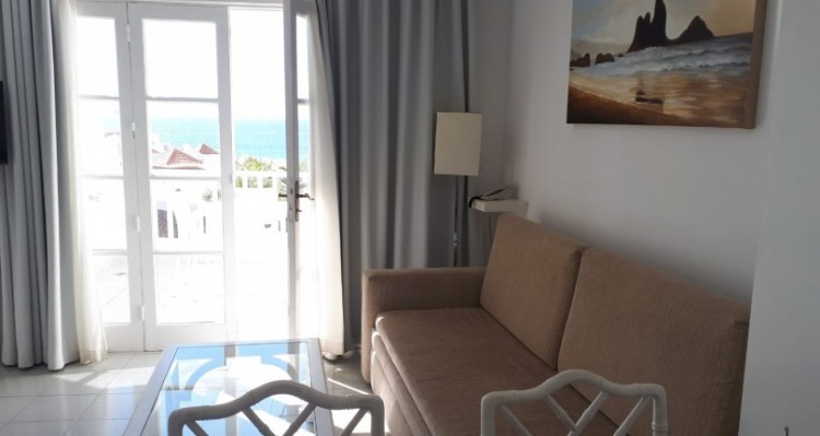 1 Bed  Flat / Apartment for Sale, Playa Fañabe, Tenerife - TP-7826 1