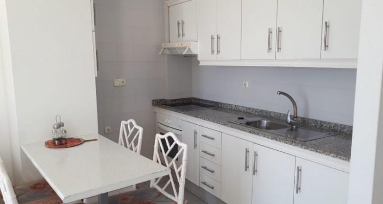 1 Bed  Flat / Apartment for Sale, Playa Fañabe, Tenerife - TP-7826 6