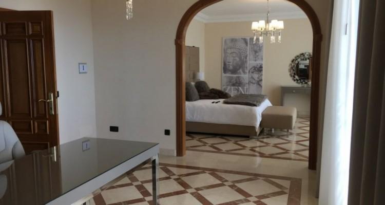 7 Bed  Villa/House for Sale, Torviscas Alto, Tenerife - TP-7900 1