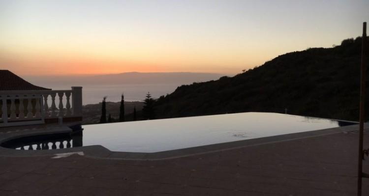 7 Bed  Villa/House for Sale, Torviscas Alto, Tenerife - TP-7900 2