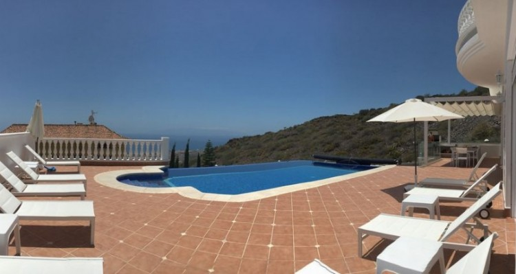 7 Bed  Villa/House for Sale, Torviscas Alto, Tenerife - TP-7900 4