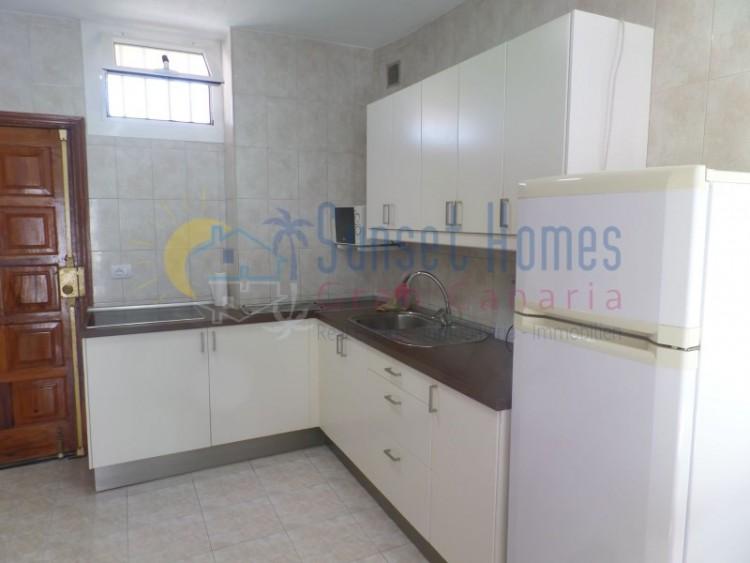 2 Bed  Flat / Apartment to Rent, Playa del Inglés, San Bartolomé de Tirajana, Gran Canaria - SH-2115R 2