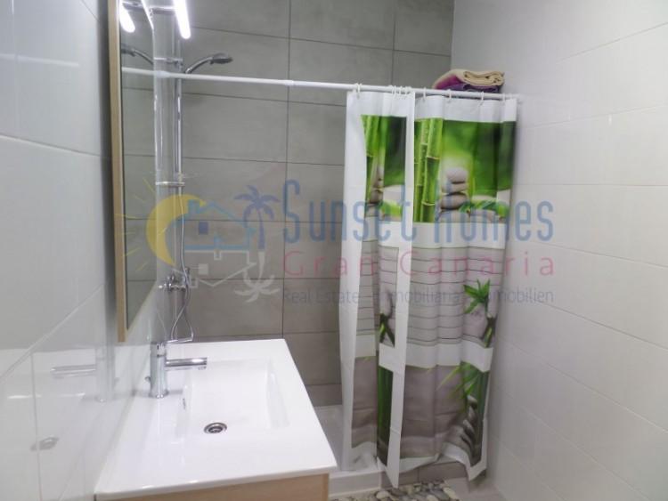 2 Bed  Flat / Apartment to Rent, Playa del Inglés, San Bartolomé de Tirajana, Gran Canaria - SH-2115R 8
