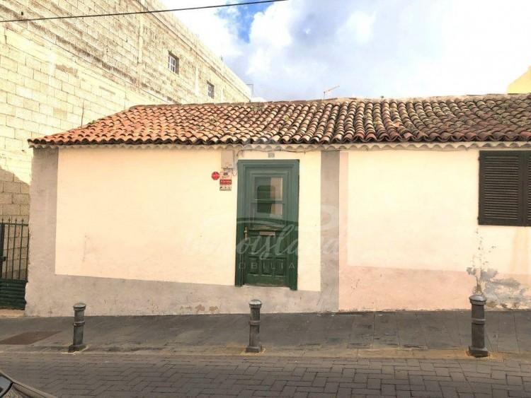 4 Bed  Country House/Finca for Sale, Granadilla de Abona, Santa Cruz de Tenerife, Tenerife - IN-260 2