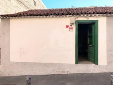 4 Bed  Country House/Finca for Sale, Granadilla de Abona, Santa Cruz de Tenerife, Tenerife - IN-260