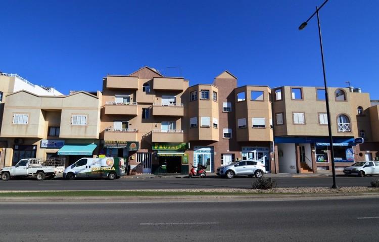2 Bed  Flat / Apartment for Sale, Corralejo, Las Palmas, Fuerteventura - DH-VPTPIC2AJCI352D-128 2