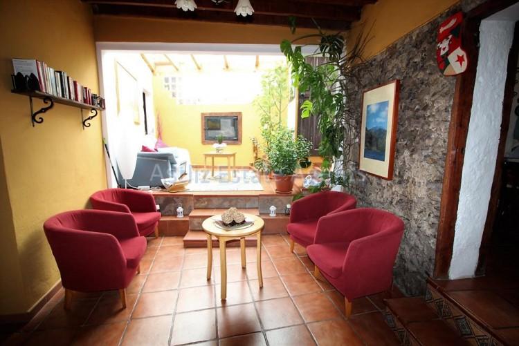 4 Bed  Villa/House for Sale, Chirche, Guia De Isora, Tenerife - AZ-1281 10